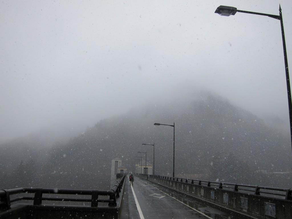 奥四万ダム堰堤_20170326